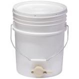 Miller Mfg - Little Giant Plastic Honey Bucket - White - 5 Gallon